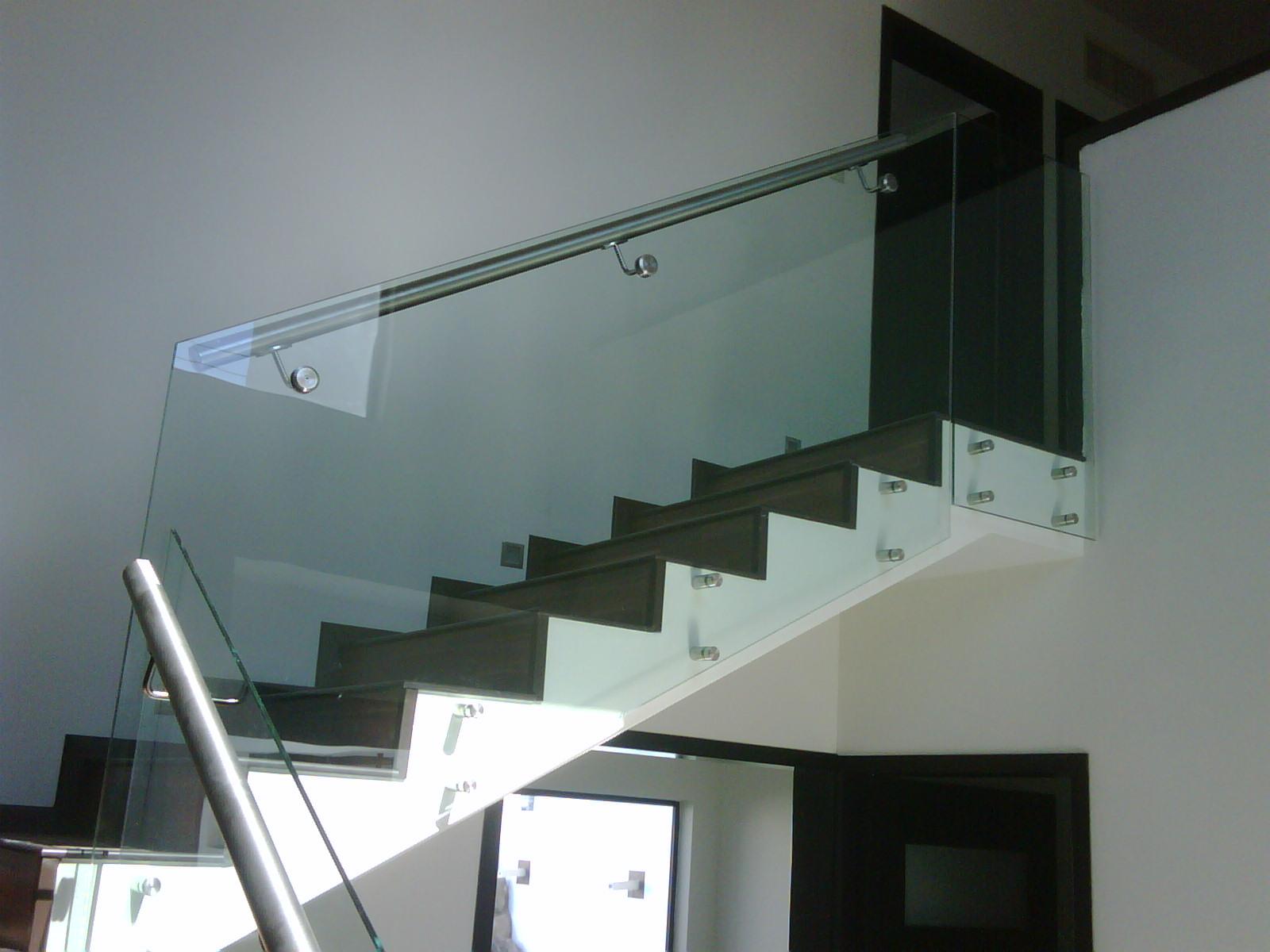 Barandal de cristal vidrio y aluminio meller - Pasamanos de cristal ...