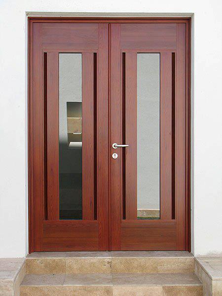 Puertas vidrio y aluminio meller for Puertas corredizas de madera para exteriores